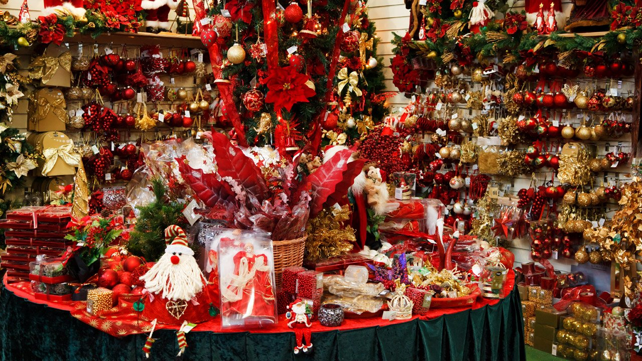Commercial Christmas Decorations Uk.A Commercial Christmas Here S To Celebrating 200 Years Of