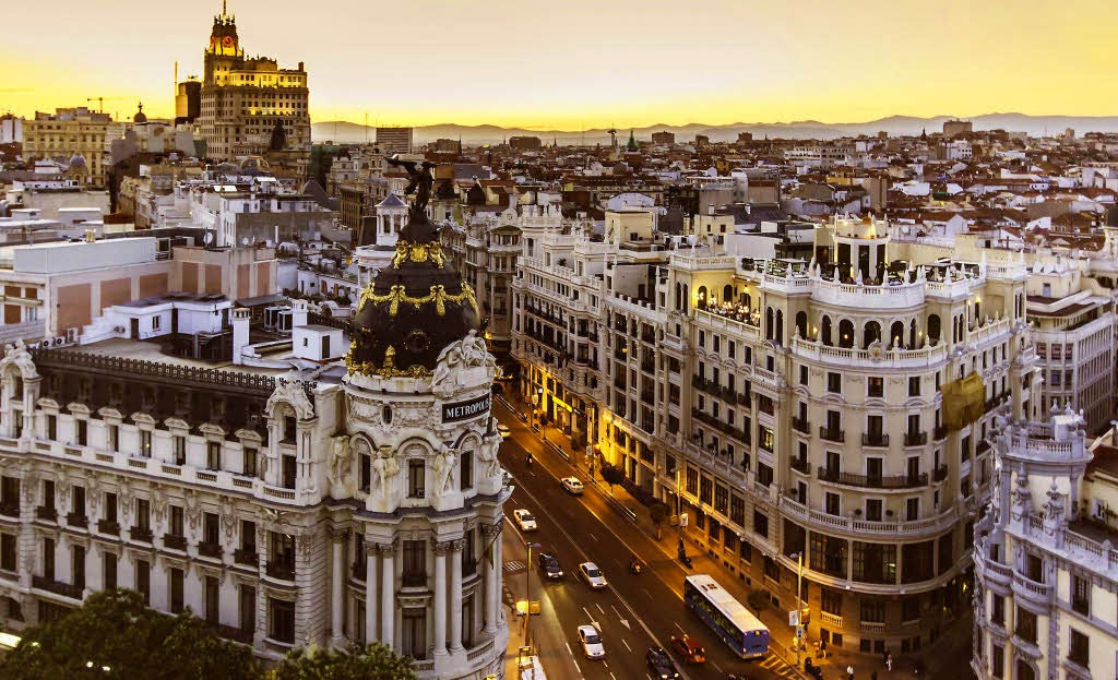 Ever wanted to visit Spain? Click here to discover the 3 best cities to live in Spain!