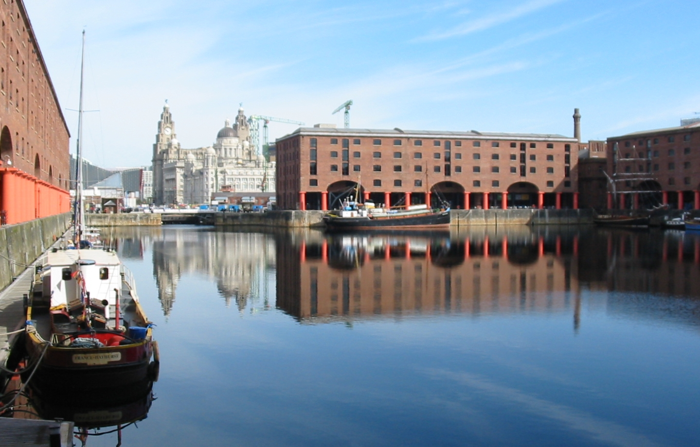 Are you traveling to Liverpool? Check out these great city travel tips before you get to town!