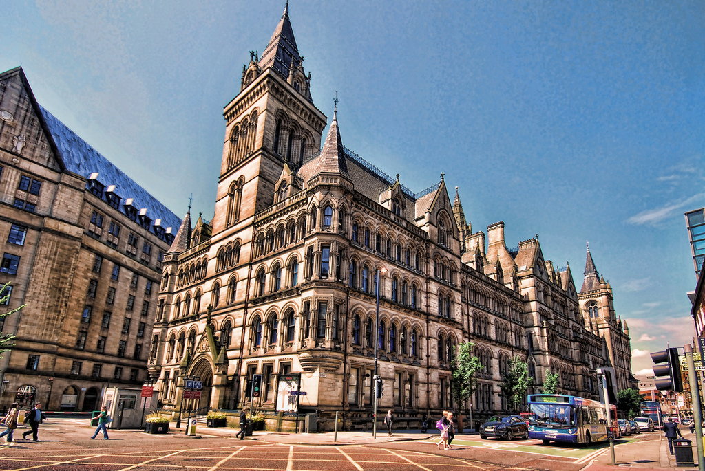 Travelling to the UK? Maybe you want to check out Manchester. Click here to discover the best Manchester city travel tips!