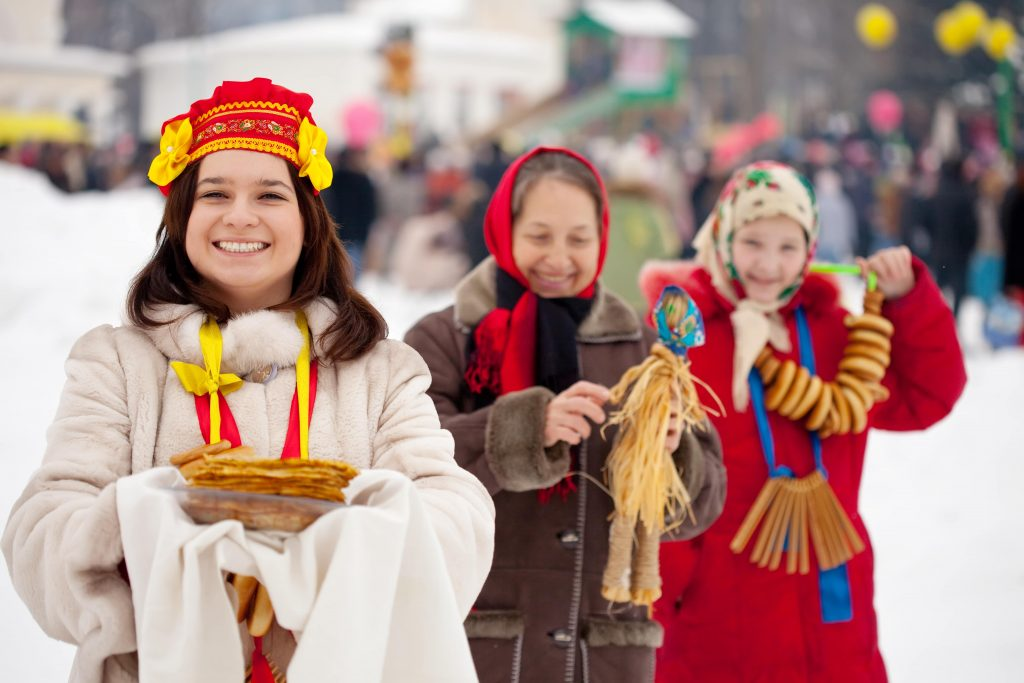 Happy Russian women at a celebration - Russian phrases